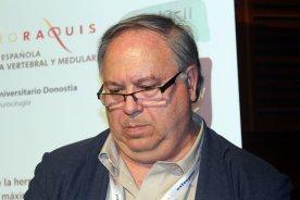 La Comunidad de Madrid otorga la Cruz del Dos de Mayo al neurocirujano Jesús Vaquero